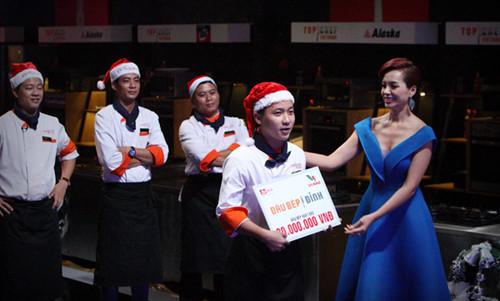 Công thức làm ức gà tây nướng sốt Nam Việt Quất của đầu bếp Top Chef Vietnam 1