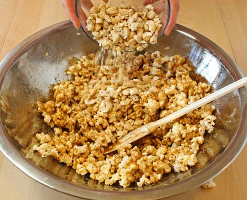 Kết quả hình ảnh cho bắp rang bơ đậu phộng