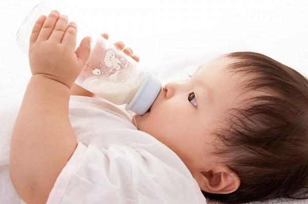 Kết quả hình ảnh cho pha sữa đúng lượng