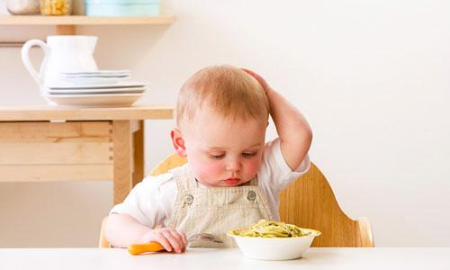 Kết quả hình ảnh cho trị biếng ăn cho bé