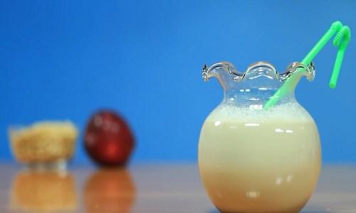 Sữa đậu nành táo đỏ